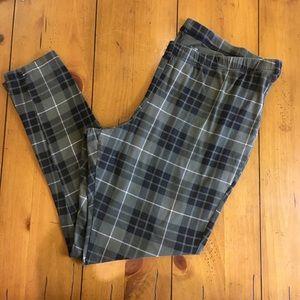 Torrid Leggings, Plus Size 3, box B.